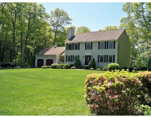 Single Family Home for Sale at 355 Judson Street Raynham, Massachusetts 02767 United States