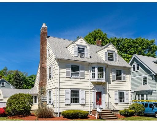 Maison unifamiliale pour l Vente à 197 Glenwood Street Malden, Massachusetts 02148 États-Unis