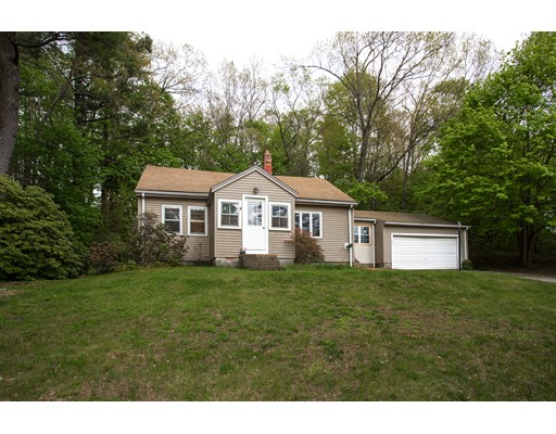 Single Family Home for Sale at 141 North Street East Brookfield, Massachusetts 01515 United States