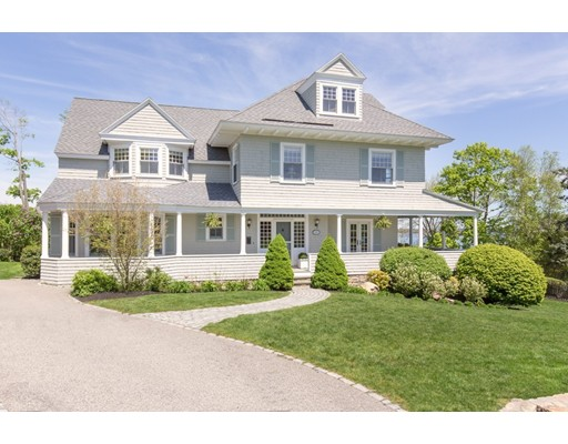 Single Family Home for Sale at 11 Paige Street 11 Paige Street Hingham, Massachusetts 02043 United States