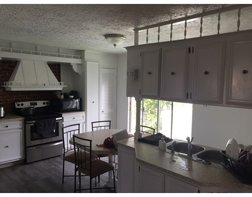 独户住宅 为 出租 在 75 Magoun Avenue 梅福德, 02155 美国