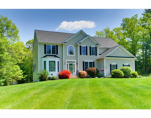 Single Family Home for Sale at 11 Chipper Drive Grafton, Massachusetts 01560 United States