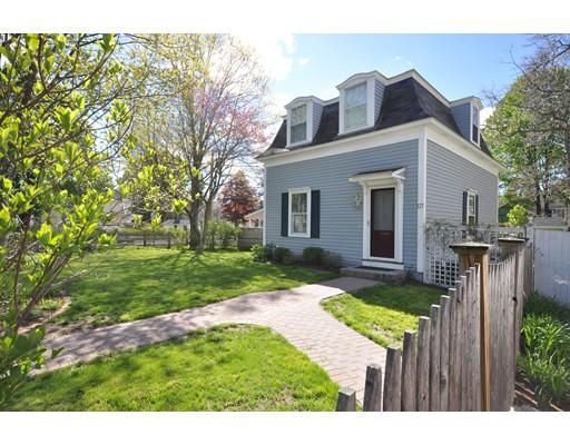 Single Family Home for Sale at 127 Belknap Street Concord, Massachusetts 01742 United States