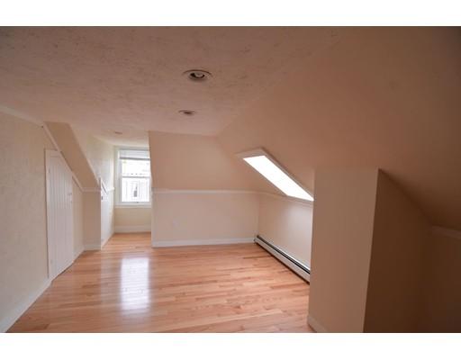 独户住宅 为 出租 在 30 Newport 波士顿, 马萨诸塞州 02125 美国