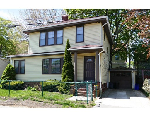 12 Curry Cir, Swampscott, MA 01907
