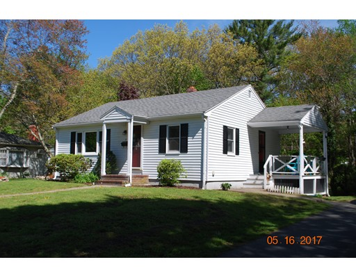 Single Family Home for Sale at 17 Wyman Road Abington, Massachusetts 02351 United States