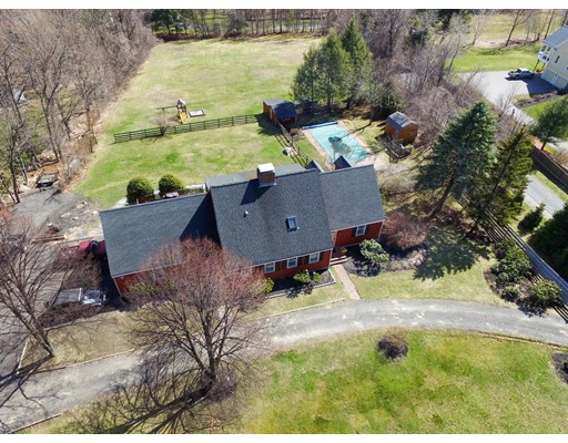 Casa Unifamiliar por un Venta en 216 Old Littleton Road 216 Old Littleton Road Harvard, Massachusetts 01451 Estados Unidos