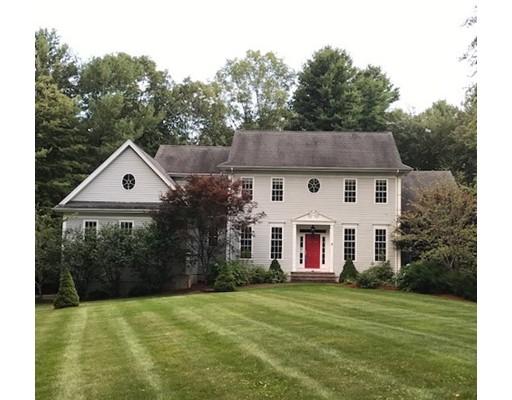 Частный односемейный дом для того Продажа на 7 Davenport Road 7 Davenport Road Mendon, Массачусетс 01756 Соединенные Штаты