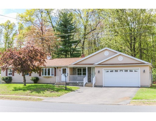 Single Family Home for Sale at 15 Oakwood Street Enfield, Connecticut 06082 United States