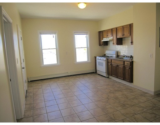 Additional photo for property listing at 395 North Front Street  New Bedford, Massachusetts 02746 Estados Unidos