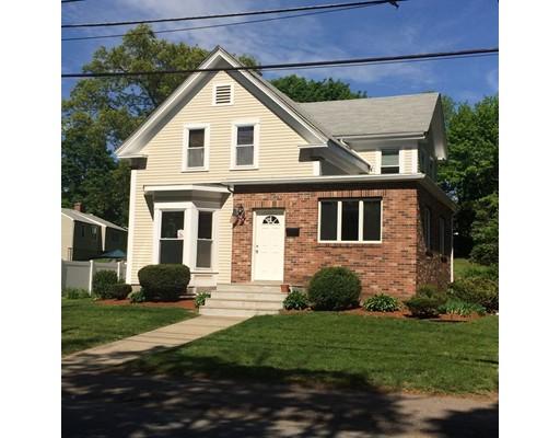 Maison unifamiliale pour l Vente à 15 Green Street Stoneham, Massachusetts 02180 États-Unis