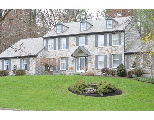 Single Family Home for Sale at 46 Dover Circle Franklin, Massachusetts 02038 United States