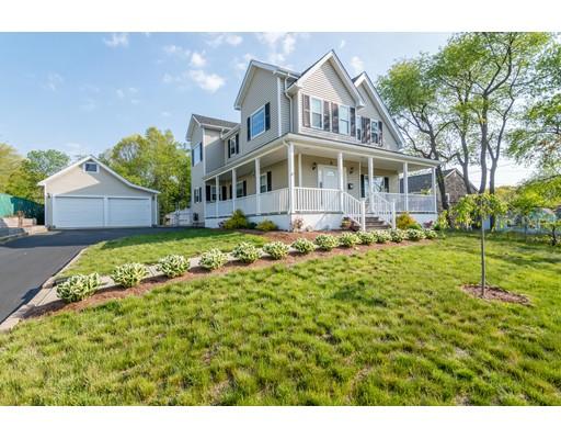 Частный односемейный дом для того Продажа на 205 Pond Street Braintree, Массачусетс 02184 Соединенные Штаты