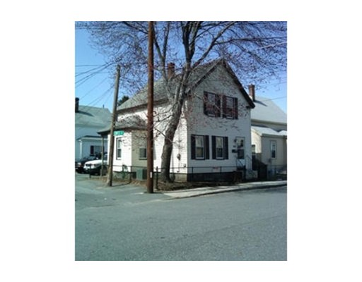 Single Family Home for Rent at 102 Jewett Street Lowell, Massachusetts 01850 United States