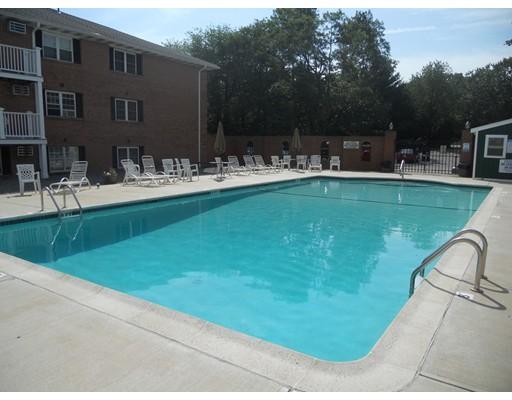 Casa Unifamiliar por un Alquiler en 65 Leonard Road Boxborough, Massachusetts 01719 Estados Unidos