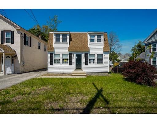 Maison unifamiliale pour l Vente à 254 E Main Street East Brookfield, Massachusetts 01515 États-Unis