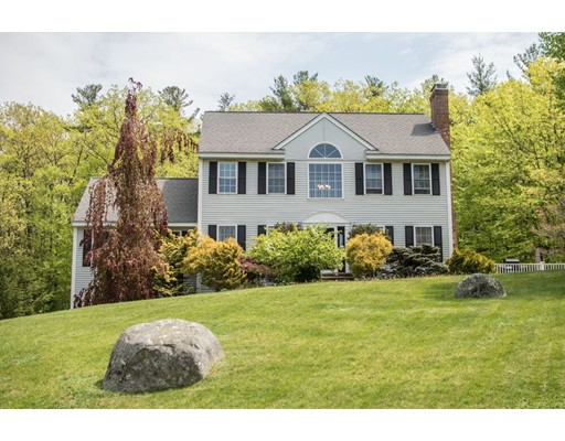 Single Family Home for Sale at 331 Main Street Plaistow, New Hampshire 03865 United States