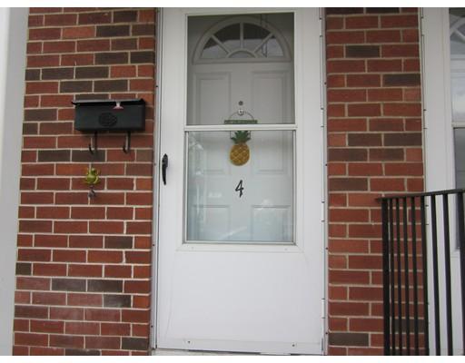4 Manor Ct 4, Springfield, MA 01118