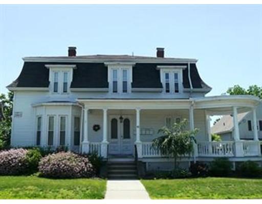 Casa Unifamiliar por un Alquiler en 40 Cottage Street Franklin, Massachusetts 02038 Estados Unidos