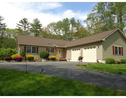 Single Family Home for Sale at 1252 Hartford Pike Killingly, Connecticut 06243 United States