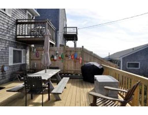 Appartement en copropriété pour l Vente à 168 Shore Road 168 Shore Road Truro, Massachusetts 02666 États-Unis
