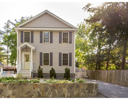 Single Family Home for Sale at 13 3rd Street Amesbury, Massachusetts 01913 United States