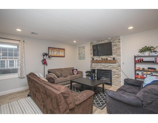 Additional photo for property listing at 29 Mount Vernon  Boston, Massachusetts 02135 United States
