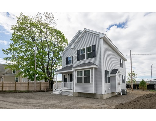 18 Thorndike Street, Salem, MA 01970