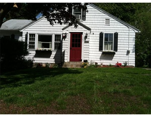 Single Family Home for Sale at 147 South Street Northborough, Massachusetts 01532 United States