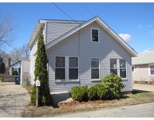 Single Family Home for Rent at 17 Barnes Street Wareham, 02571 United States