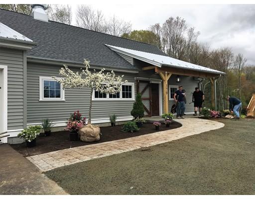 独户住宅 为 销售 在 175 Blackstone Street 175 Blackstone Street Blackstone, 马萨诸塞州 01504 美国