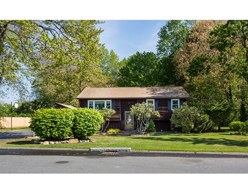 Single Family Home for Sale at 117 Red Fox Drive Agawam, Massachusetts 01030 United States