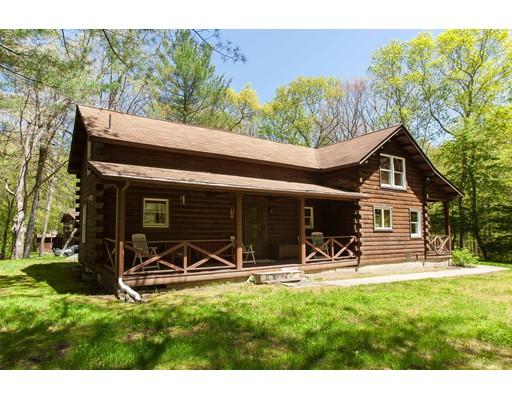 Maison unifamiliale pour l Vente à 37 Ide Road Glocester, Rhode Island 02857 États-Unis