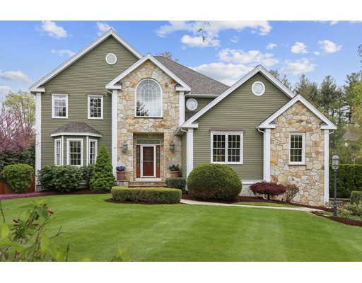 16 Somerset Dr, Andover, MA 01810