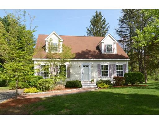 Maison unifamiliale pour l Vente à 3 Little Road Maynard, Massachusetts 01754 États-Unis
