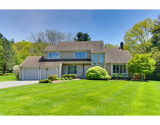 Single Family Home for Sale at 1 Walkers Way Framingham, Massachusetts 01701 United States