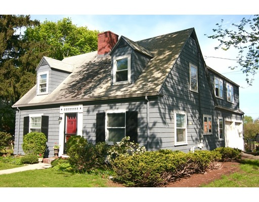 Single Family Home for Sale at 1 Morton Road Arlington, Massachusetts 02476 United States