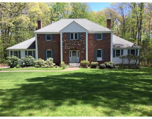 Casa Unifamiliar por un Venta en 80 Ann Lees Road 80 Ann Lees Road Harvard, Massachusetts 01451 Estados Unidos