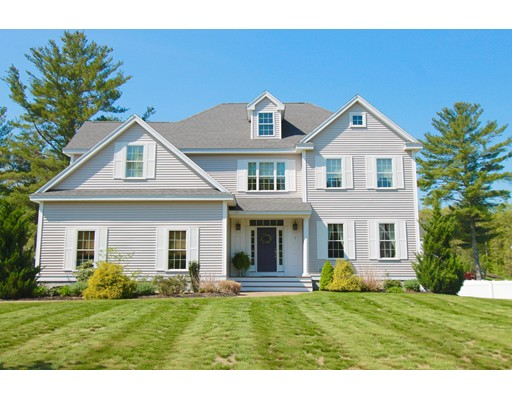 Single Family Home for Sale at 7 Arrowhead Circle Rowley, Massachusetts 01969 United States