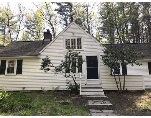Single Family Home for Rent at 41 Ripley Lane Weston, Massachusetts 02493 United States