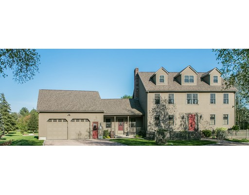 Single Family Home for Sale at 6 Mill River Drive Mendon, Massachusetts 01756 United States