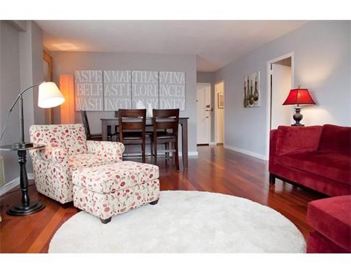 独户住宅 为 出租 在 145 Pinckney St. (FURNISHED) 波士顿, 马萨诸塞州 02114 美国
