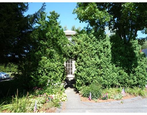 Maison unifamiliale pour l à louer à 274 Boston Post Road 274 Boston Post Road Wayland, Massachusetts 01778 États-Unis