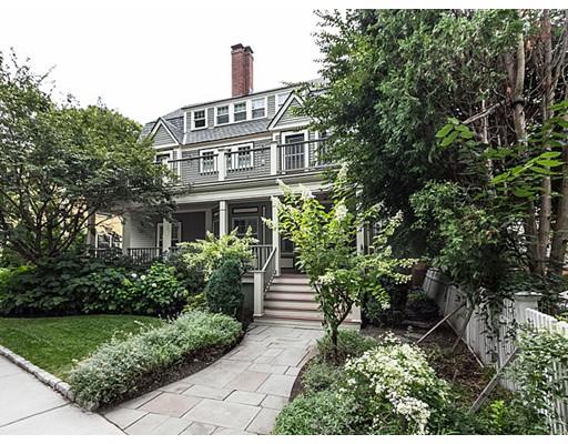 独户住宅 为 出租 在 28 Emerson Street 布鲁克莱恩, 02445 美国