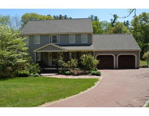 Casa Unifamiliar por un Venta en 2 Juniper Road Medway, Massachusetts 02053 Estados Unidos