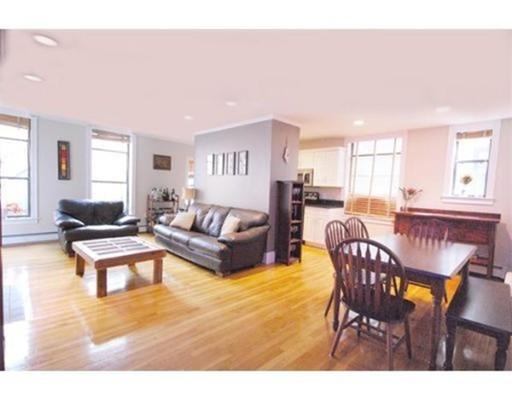 独户住宅 为 出租 在 407 Marlborough Street 波士顿, 马萨诸塞州 02115 美国