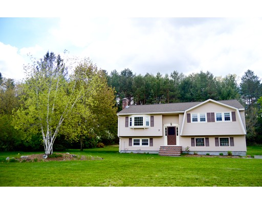 Picture 8 of 7 Roaen Dr  Chelmsford Ma 3 Bedroom Single Family