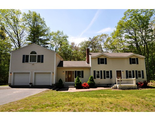 Picture 8 of 88 Forrest Rd  Westford Ma 4 Bedroom Single Family