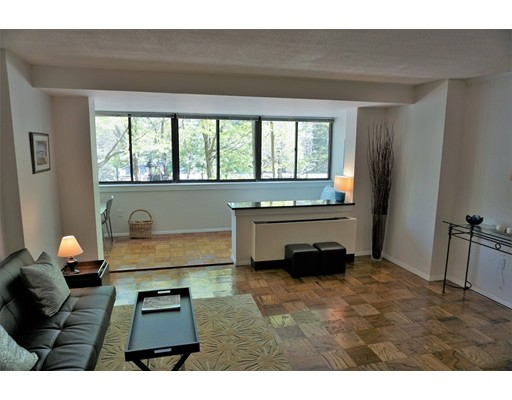 Picture 4 of 9 Hawthorne Pl Unit 2l Boston Ma 0 Bedroom Condo