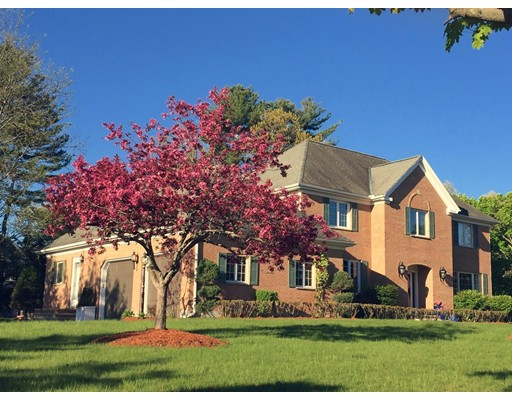 Single Family Home for Sale at 4 Coachmen Lane Bedford, Massachusetts 01730 United States